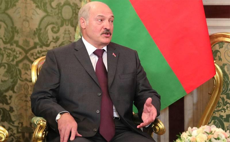 Лукашенко не устраивает демография и число безработных в Белоруссии