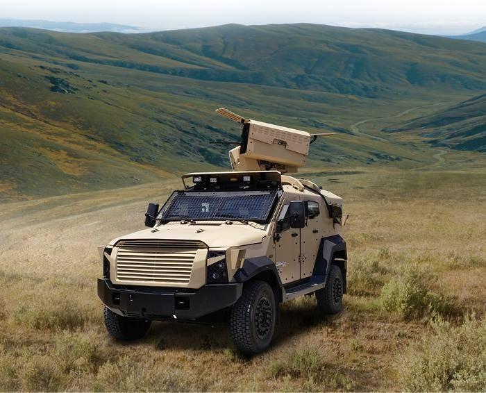 İsrail bir savaş modülüyle yeni bir SUV gösterdi