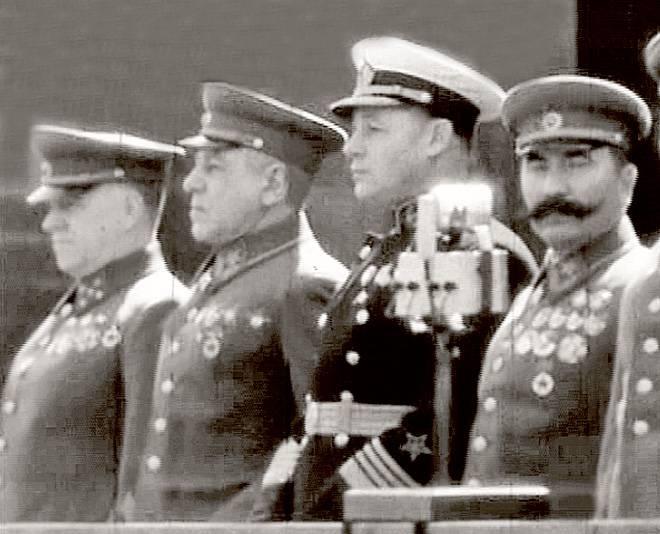 Hitler'in Almanya'sının SSCB ile beklenmeyen savaşı (bölüm 4)
