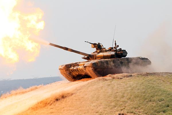 러시아 탱크의 신규 판매가 시리아의 운영에 기여