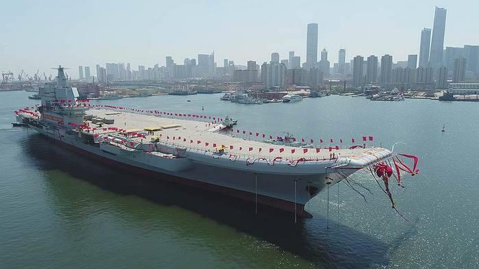 새로운 중국 항공 모함이 시험 운행에 착수했습니다.