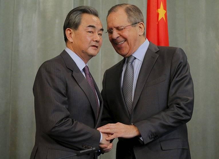 중국 외교부 : 베이징과 모스크바는 세계 상황에 관계없이 협력을 강화할 것입니다.