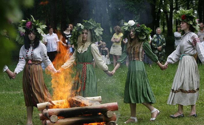 앵글로색슨과 범 - 독일 우월의 관점에서 슬라브의 열등감