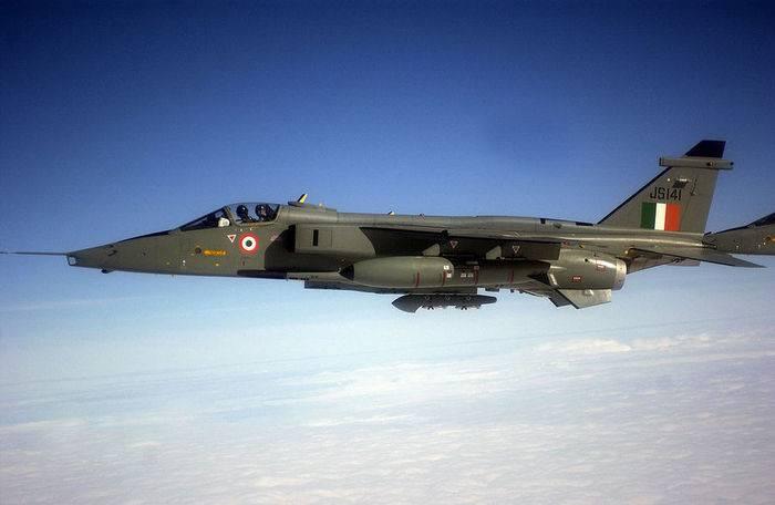 Индия готовится к испытаниям модернизированного истребителя SEPECAT Jaguar