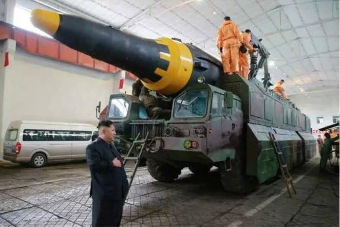 СМИ: КНДР готова атаковать базы США на Гуаме
