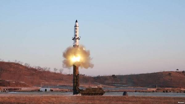 Medya: Kuzey Kore minyatür bir nükleer savaş başlığı geliştirdi