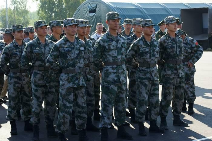 중국은 일본이 그의 군대를 비방하는 것을 비난했다.