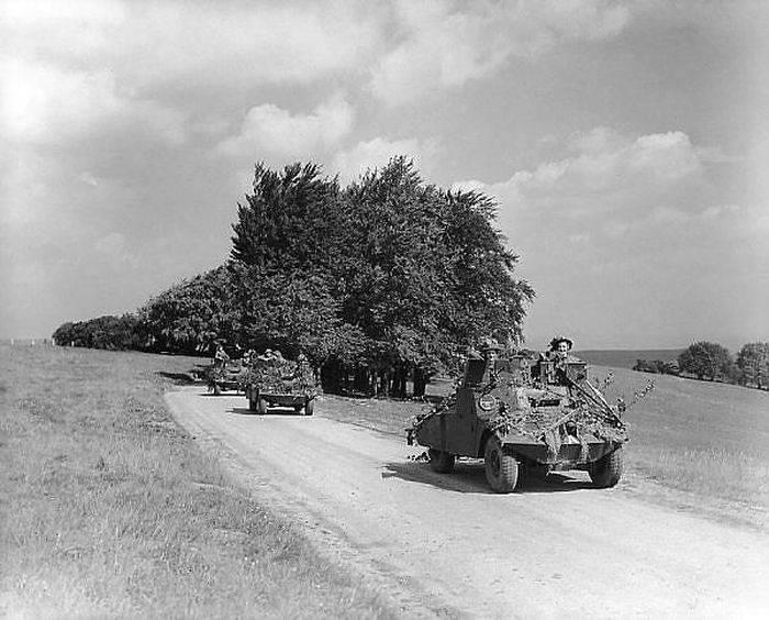 İkinci Dünya Savaşı'nın tekerlekli zırhlı araçları. 17'in bir parçası. Zırhlı araç Morris ışık keşif arabası