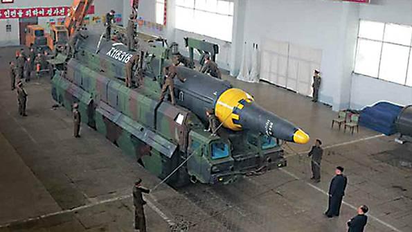 В КНДР пояснили маршрут подлета ракет к Гуаму