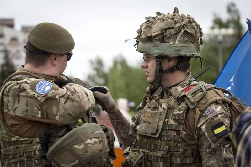 НАТО: По уставу мы не можем помочь США на Гуаме