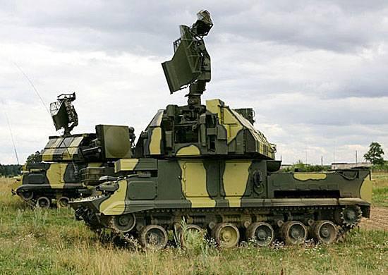 Le forze di difesa aerea in Estremo Oriente sono in allerta.