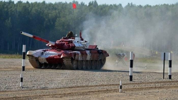Россия победила в «Танковом биатлоне» на АрМИ-2017