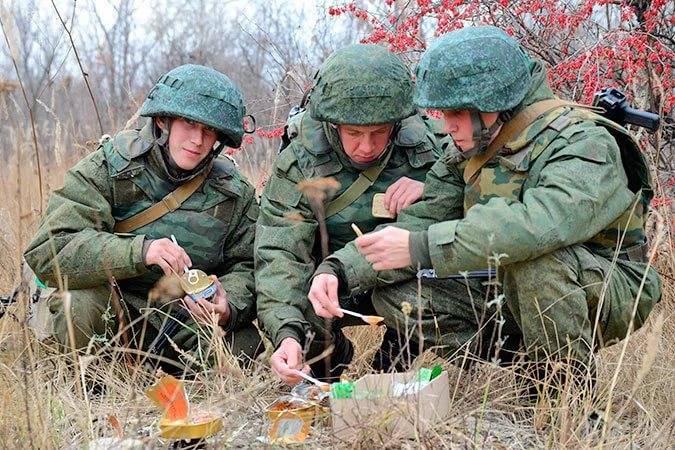 Media: il Ministero della Difesa della Federazione Russa ha acquisito mezzo milione di razioni inadeguate