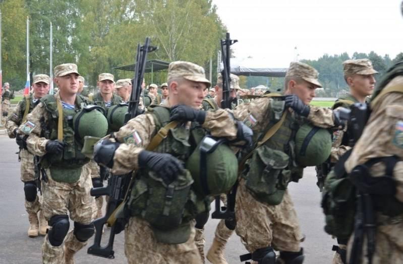 I militari russi in Tagikistan hanno sollevato l'allarme