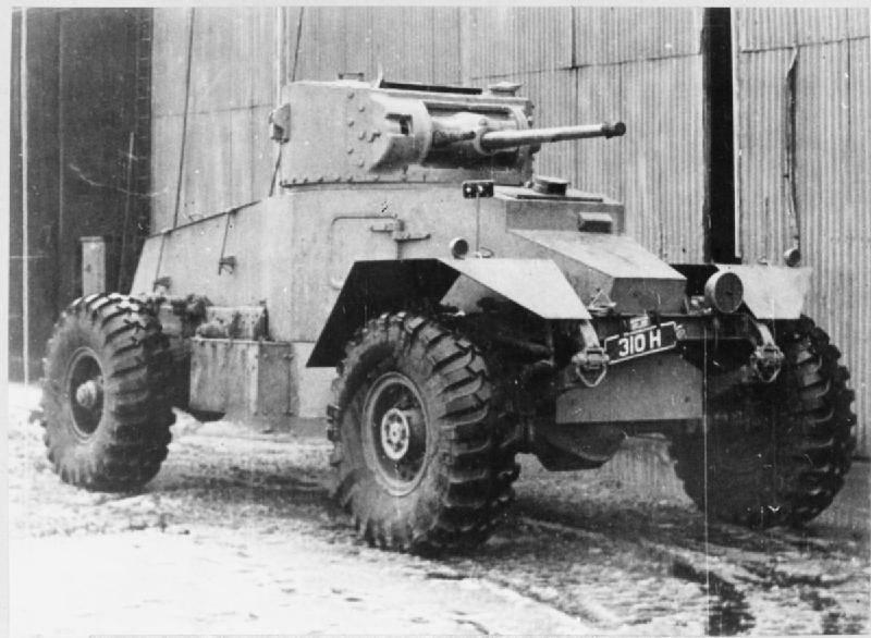 차 세계 대전의 바퀴 장갑 차량. 19의 일부. 장갑차 AEC (영국)