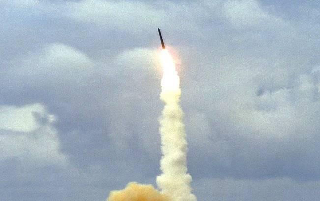 Çin yeni bir denizaltı ICBM geliştiriyor