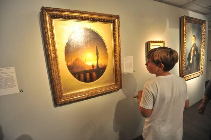 Ucrânia colocar na lista de procurados pertencentes às pinturas do Museu Simferopol
