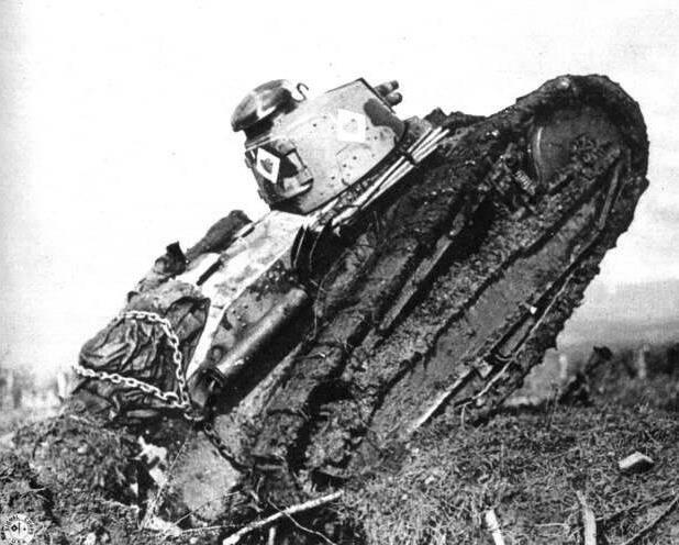 Brigata di carri armati americani nella foresta di Argonne