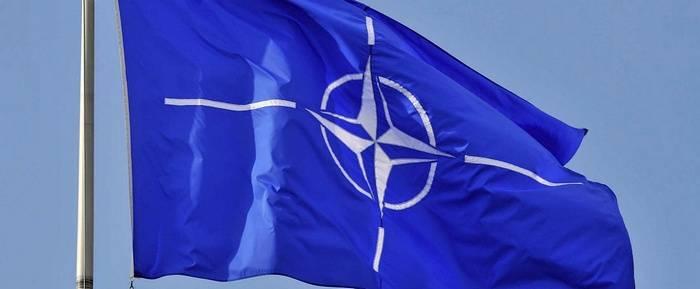 La NATO cerca direttore del centro informazioni a Mosca