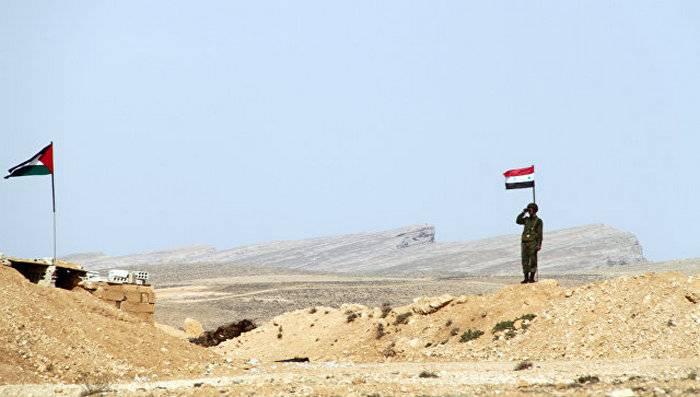 """Боевики ИГ* начали сдаваться """"Хезболле"""" на границе Сирии и Ливана"""