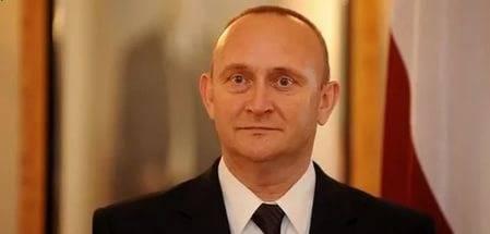 """""""Riga Ormanı Masalları"""" veya Letonya'nın NATO Büyükelçisinin ana fobisi"""