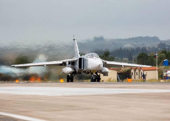 Rus askeri uçakları Deir ez-Zor yakınlarındaki DAEŞ konvoyunu imha etti