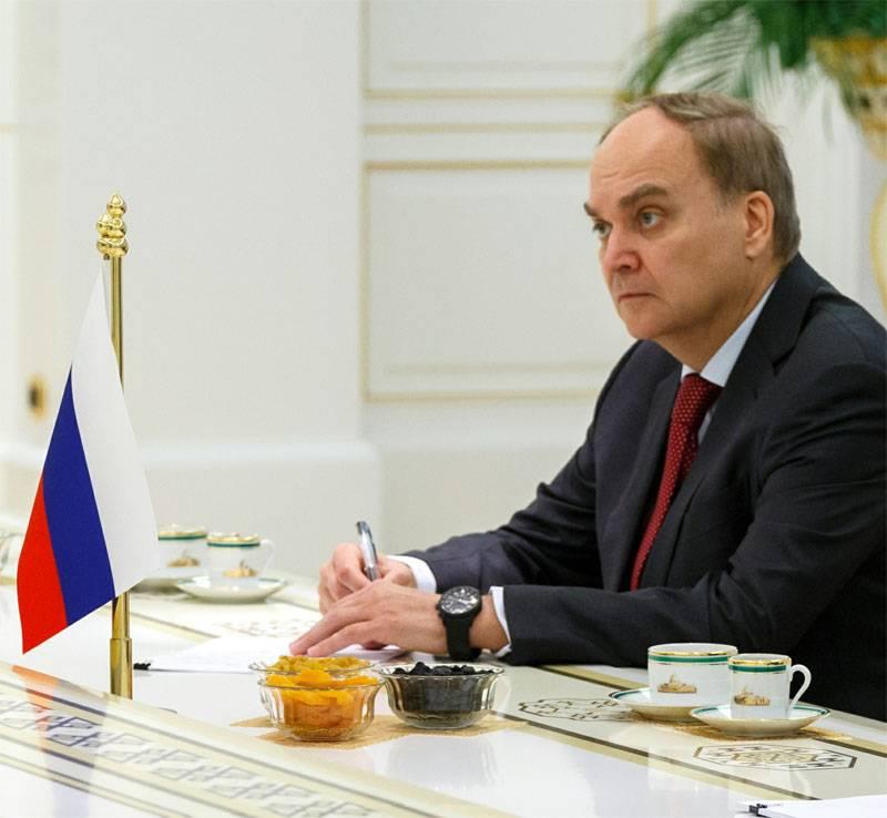 Anatoly Antonov, premiado com uma medalha para o retorno da Criméia, foi nomeado embaixador russo para os EUA
