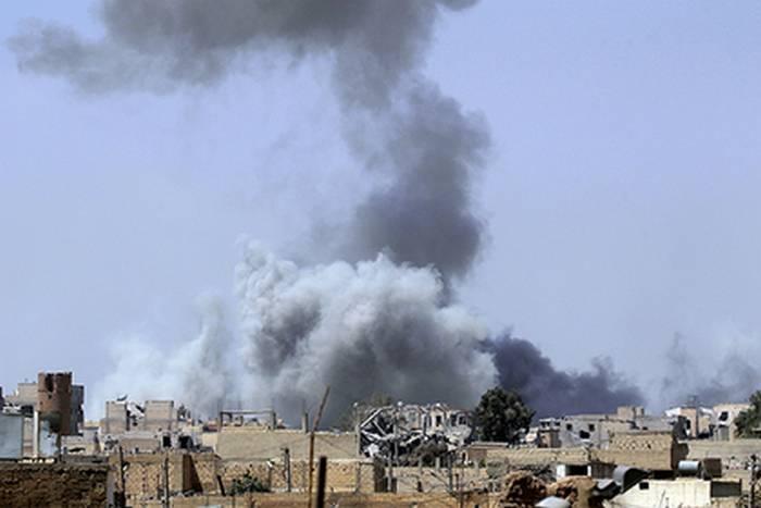 В Ракке погибли почти 80 человек во время ударов коалиции США