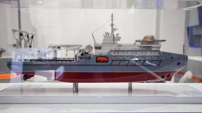 «Пелла» представила килекторное судно проекта 23120М