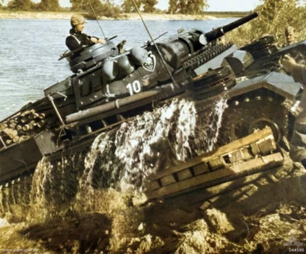 Одно из первых танковых сражений Великой Отечественной войны: встречный бой у деревни Пелище