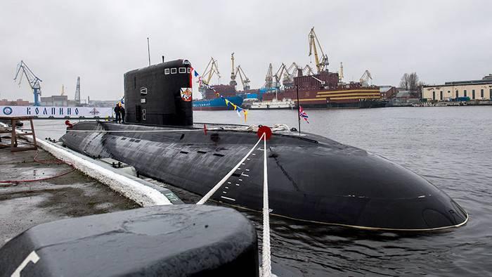 Karadeniz Filosunun en yeni iki denizaltı Akdeniz'e girdi
