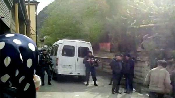 В ходе спецоперации под Хасавюртом погиб боец спецназа, есть раненые