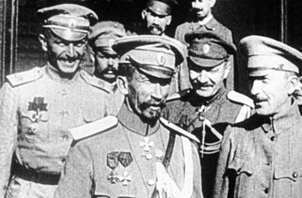 """二月派如何正式""""埋葬""""俄罗斯帝国"""