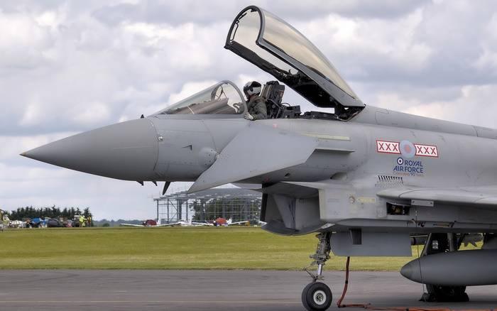 СМИ: два британских истребителя помогут Эстонии «отразить российскую угрозу»