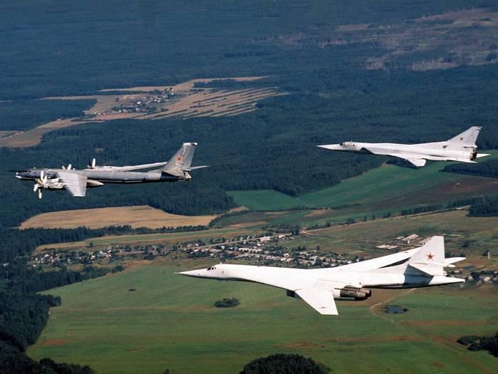 """""""Tupolev"""" entregou ao transportador de mísseis modernizado RF Ministério da Defesa SIM"""
