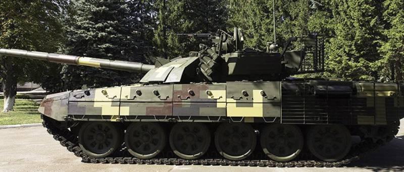 Порошенко: «Украинская армия становится сильнее с каждым днем»