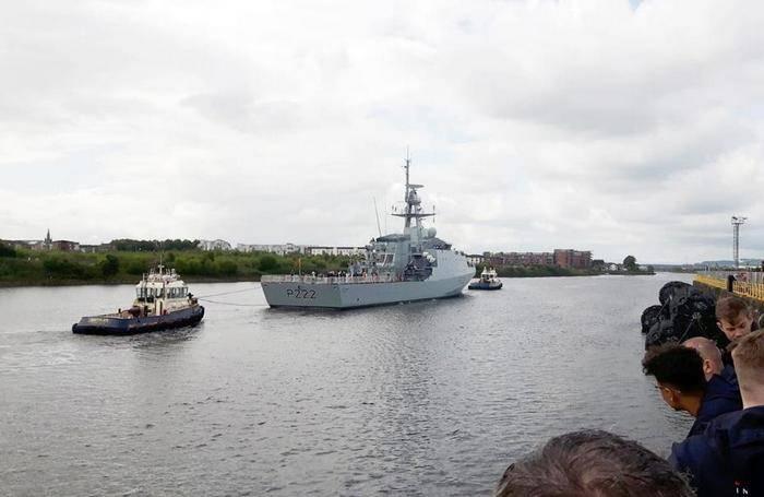 Navio líder britânica da série River Batch 2 começou testes de fábrica