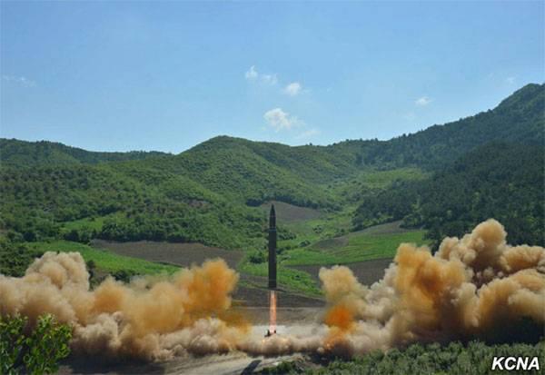 Американский военный эксперт о ракетах КНДР: Перехват так же сложен, как полёт на Луну