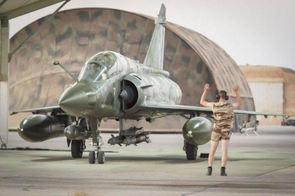 Força Aérea Francesa não pode manter combatentes Mirage 2000D em combate