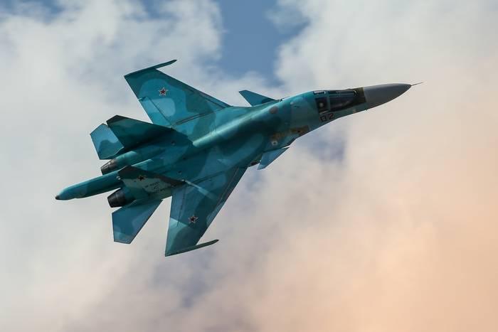 Российская авиация нанесла более 300 ударов по позициям террористов
