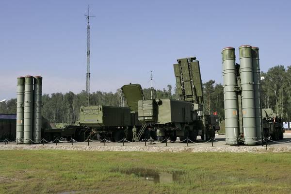 O ensino do sistema conjunto de defesa aérea da Federação Russa e da Bielorrússia será realizado em 2018