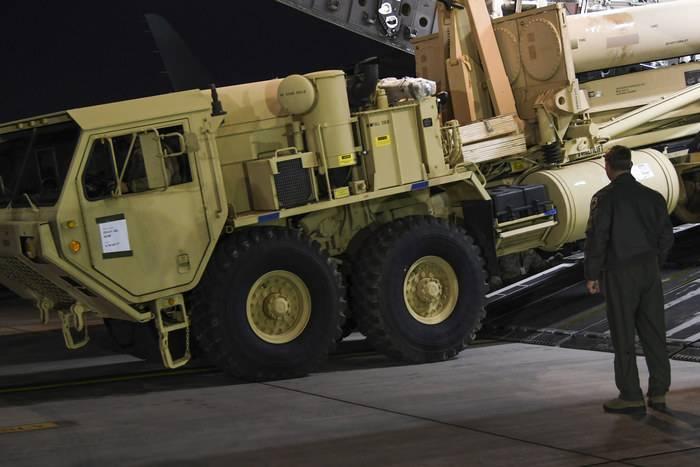 美国开始向韩国运送导弹防御系统