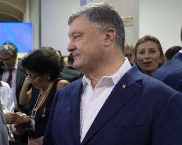 Poroshenko sobre as vitórias da Ucrânia: Mais de 1,3 mil monumentos para Lenin demolido