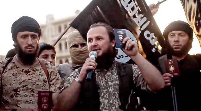 США вывезли из района Дейр-эз-Зора главарей ИГ*