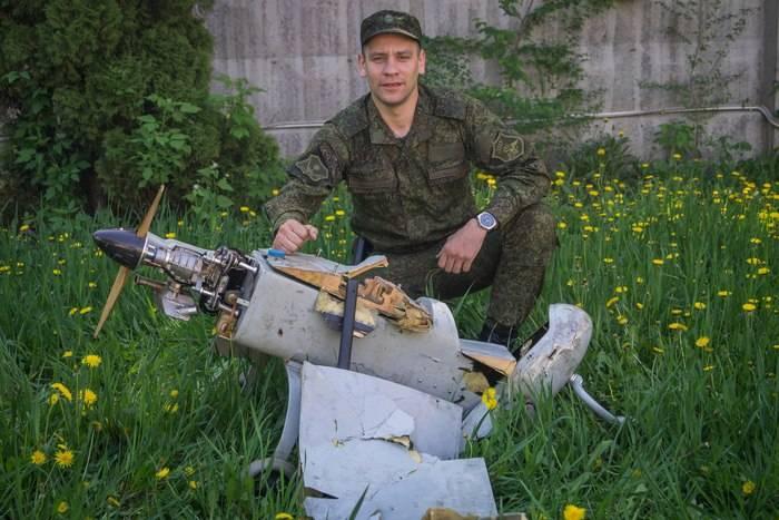 Полиция ЛНР: Украинские силовики засутки 12 раз нарушили перемирие