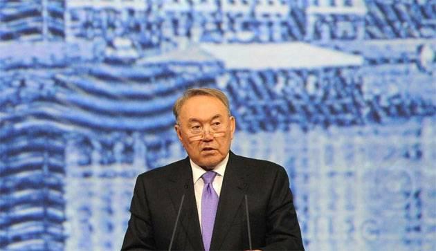 """O Cazaquistão introduziu o """"alfabeto clássico usado em todo o mundo"""""""