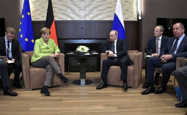 Putin e Merkel discutiram a possível aparição de tropas de paz da ONU no Donbass