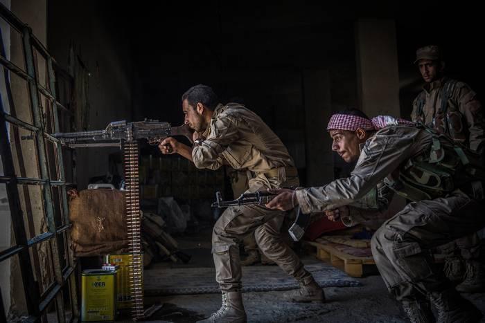 Curdos prometeram não atacar o exército do governo em Deir ez-Zor
