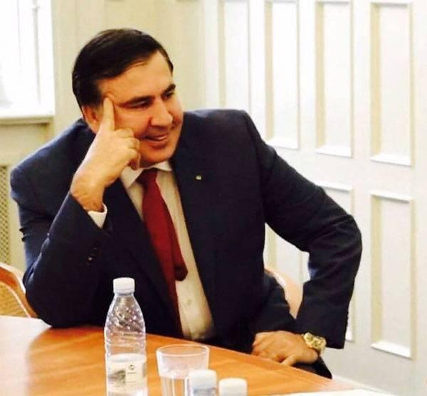 """Продолжение украинской эпопеи Саакашвили. """"Он снова будет есть свой галстук"""""""