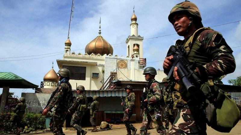 """Fogo asiático. Quem """"incendiou"""" as Filipinas e Myanmar?"""
